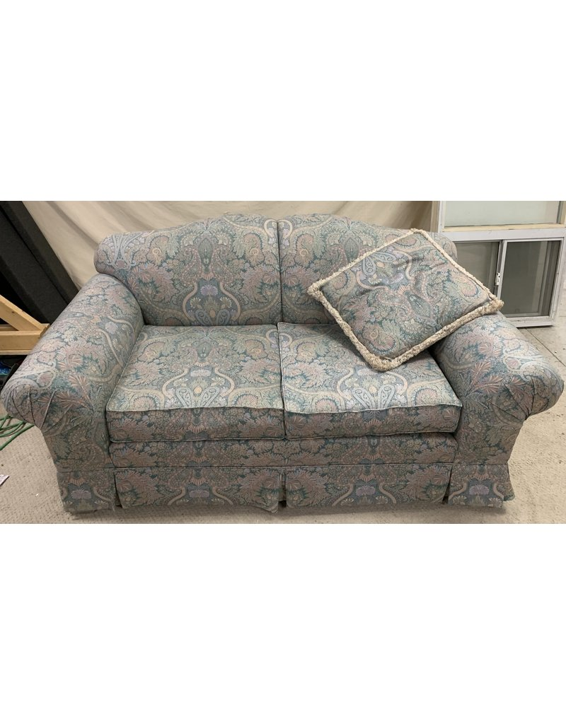 East York Blue Patterned Love Seat