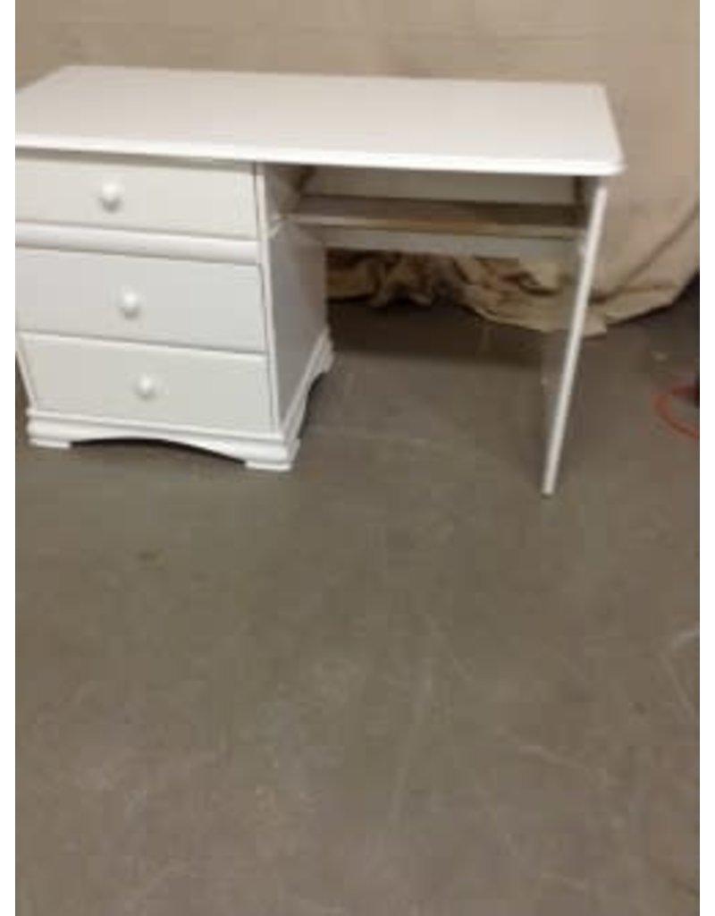 Studio District Desk & Chair