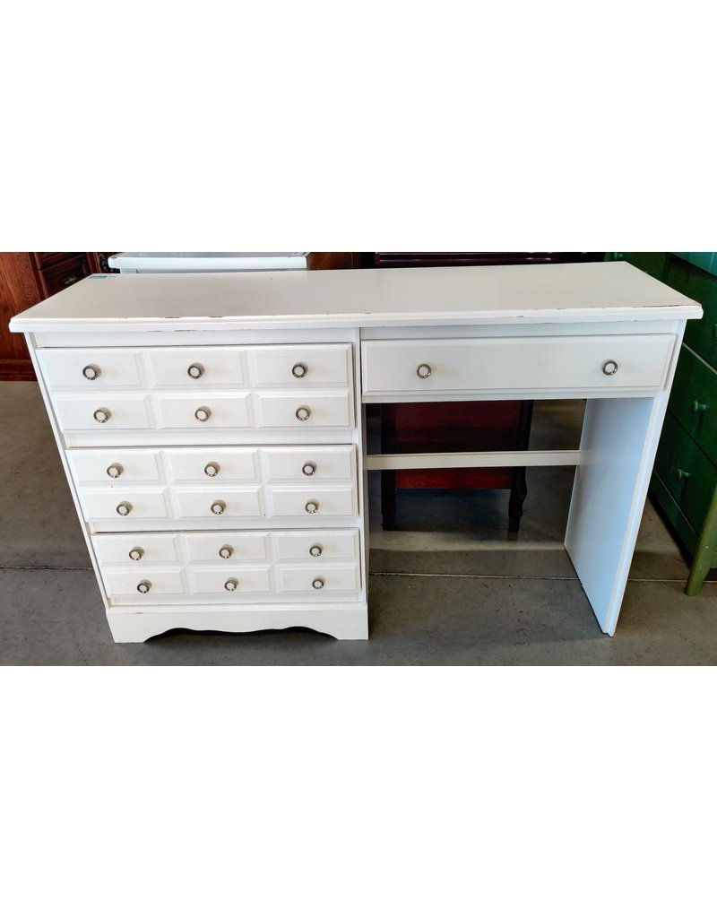 Markham West Small white desk