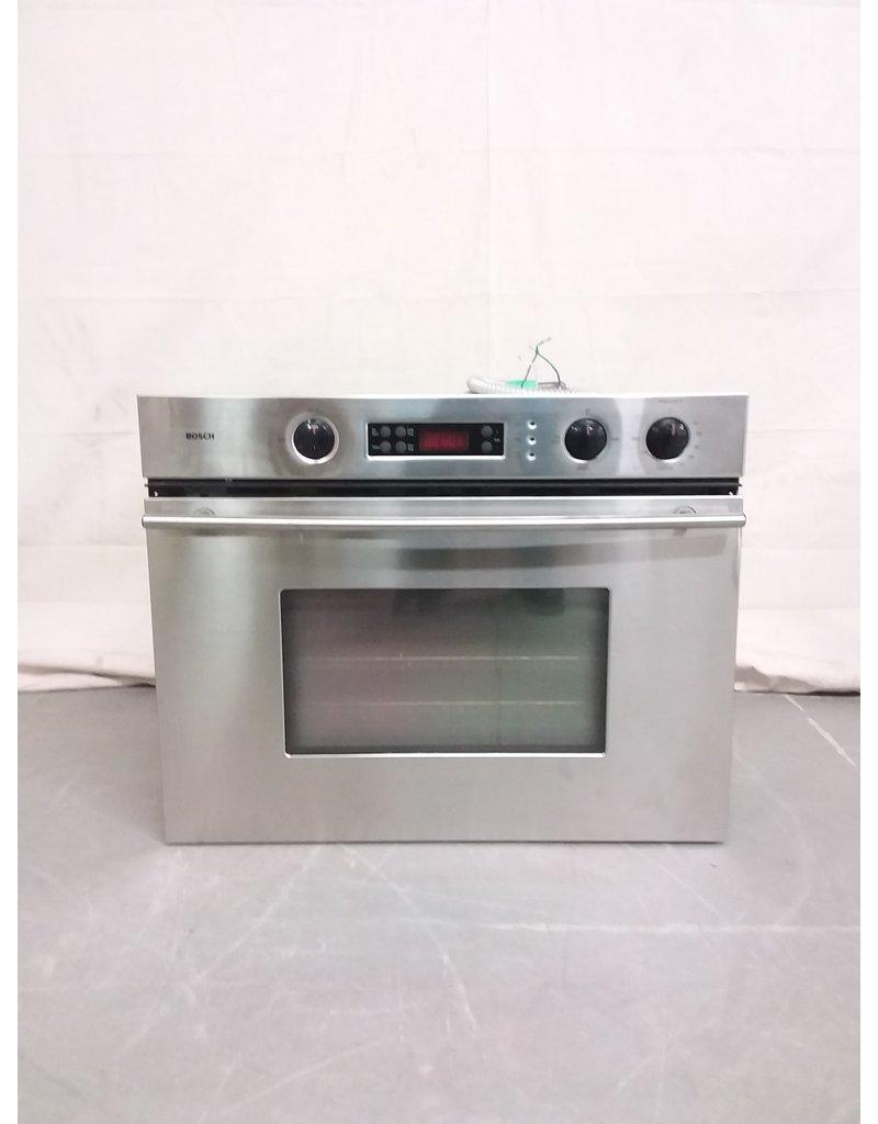 Studio District Bosch Oven
