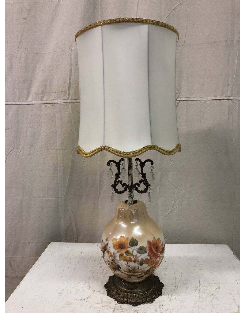 North York Antique Floral Lamp