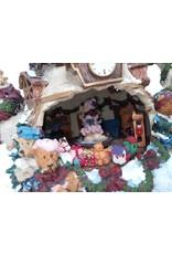 Newmarket Christmas Decor