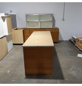 Etobicoke Set of Kitchen Cabinets with Kitchen Island