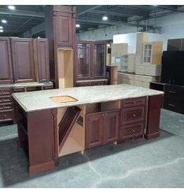 Etobicoke Set of Traditional Style Kitchen Cabinets