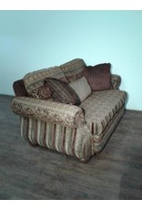Woodbridge Burgundy & Gold Patterned Love Seat