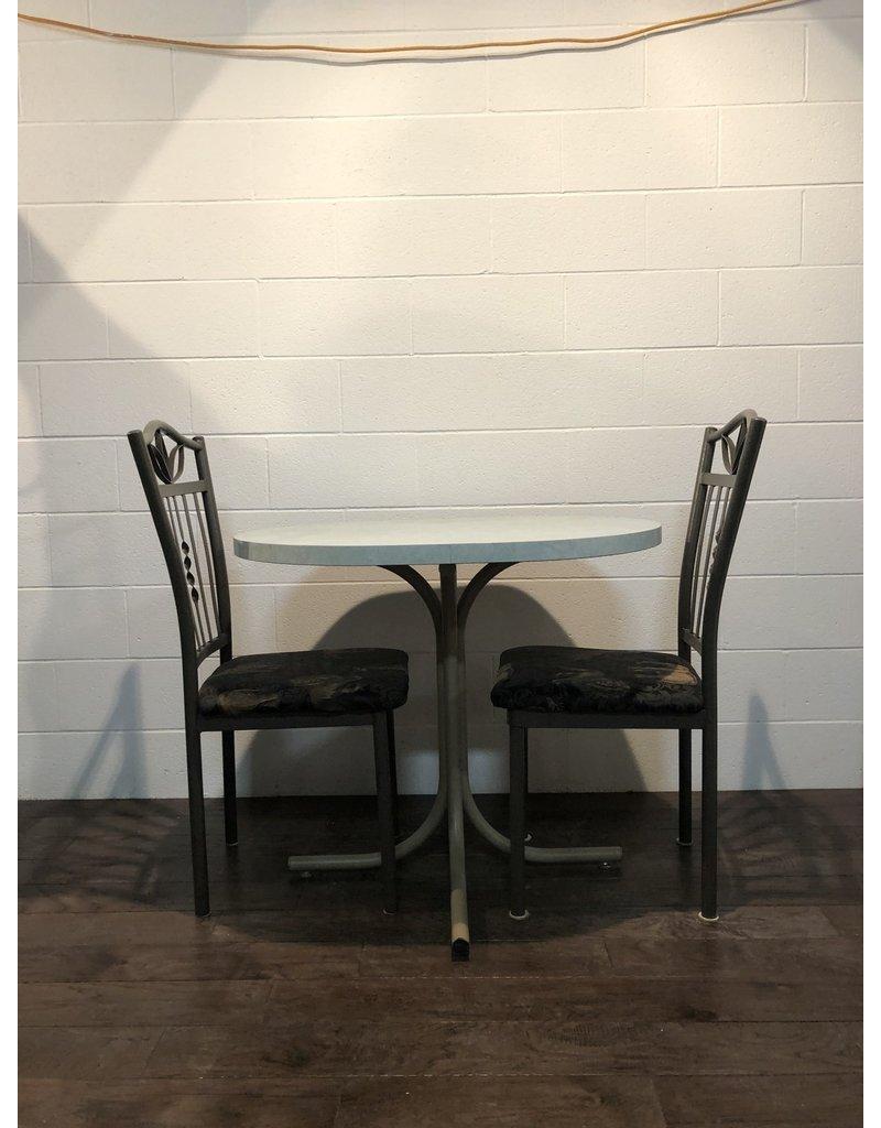 Uxbridge Dining Set