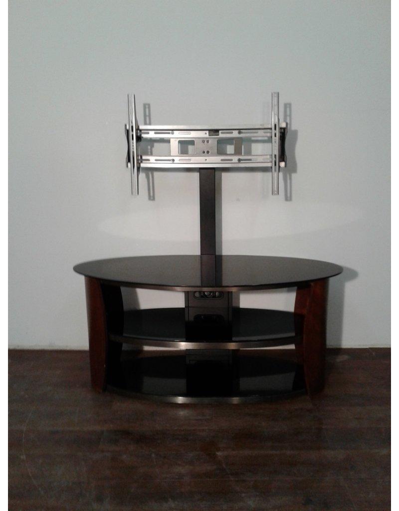 Woodbridge Adjustable Oval T.V. Stand