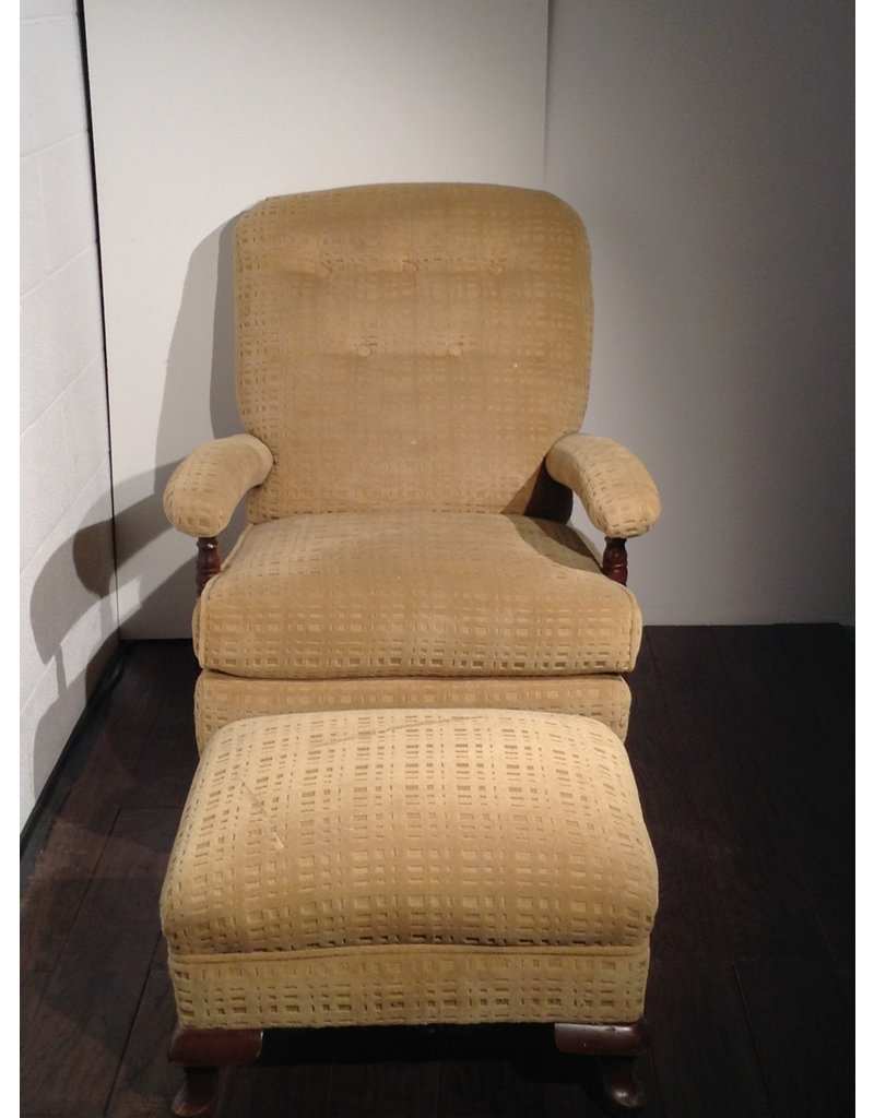 Uxbridge Accent Chair with Ottoman