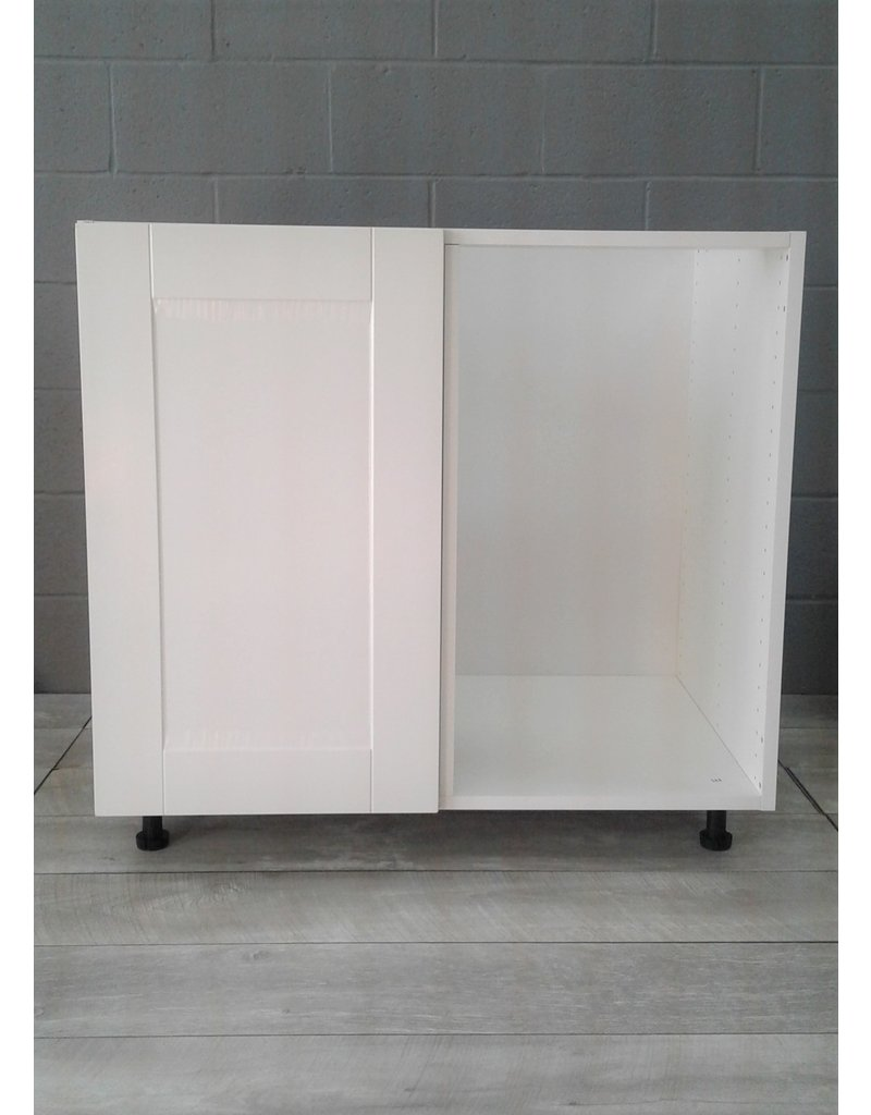"Brampton 36"" Corner Cabinet"