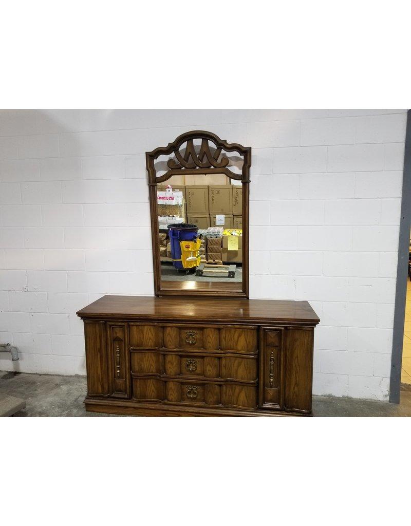 Etobicoke Brown 5-Drawer Dresser with Mirror