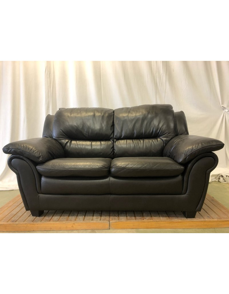 Scarborough Faux Leather Loveseat