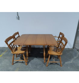 Etobicoke Solid Wood Dining Table and 4 Chairs