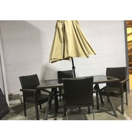 Etobicoke Wicker-Style Patio Set with Umbrella