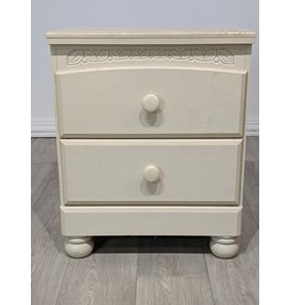 Newmarket Two-drawer Cream Nightstand