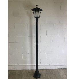 North York Outdoor Lamp Post