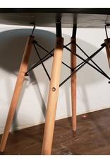 "Woodbridge 31.5"" Round Dining Table - Black Top"