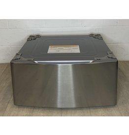 East York Washer/Dryer Pedestal