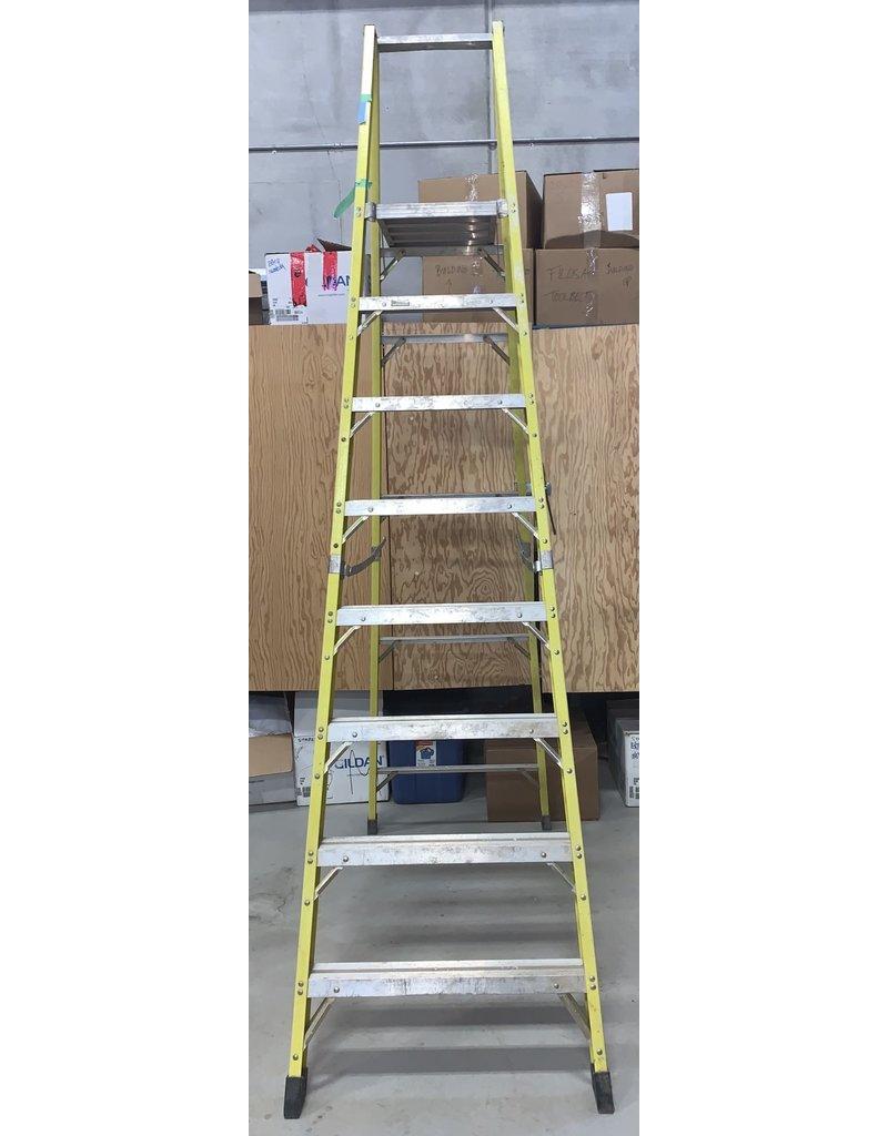 East York 10ft Featherlite Ladder