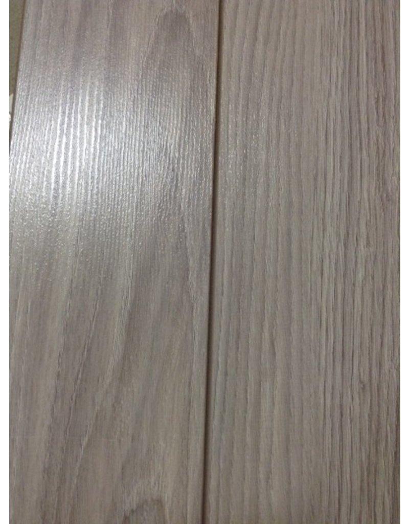 Uxbridge 12mm Narrow Plank Laminate