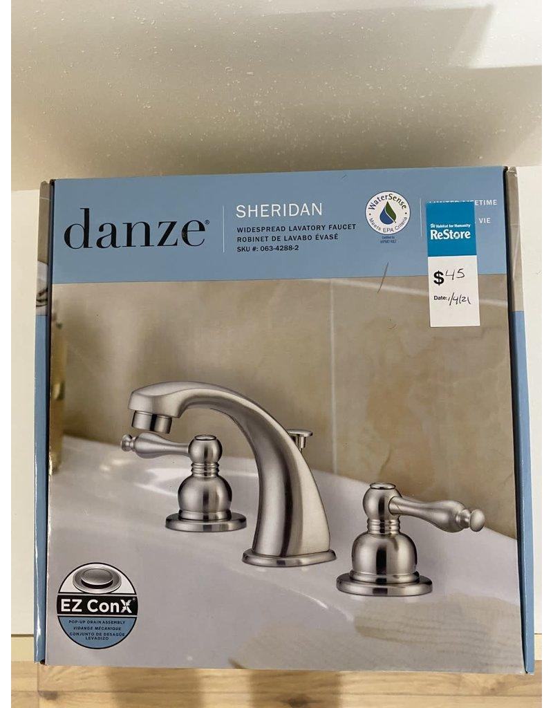 Oshawa Bathroom Faucet