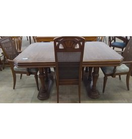 Oshawa Dining Table and Chairs