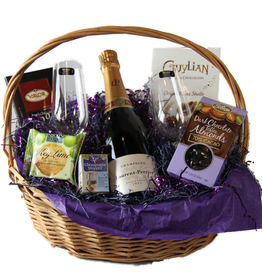 Vintage Wine Cellars Honeymoon Delights Basket