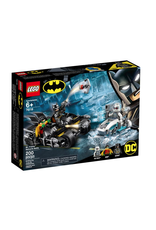 LEGO® LEGO® Mr. Freeze™ Batcycle™ Battle