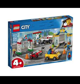LEGO® LEGO® City Garage Center