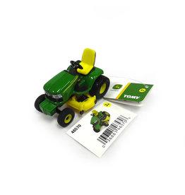 Ertl John Deere Lawn Tractor 1:64