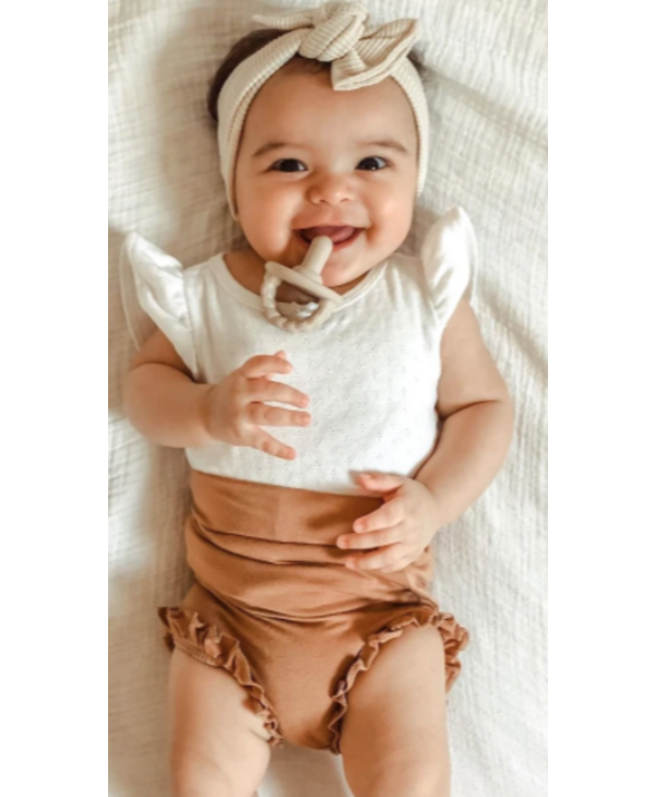 Sweetie Soother cream & taupe braids