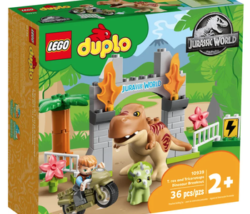LEGO® T. Rex and Triceratops Dinos