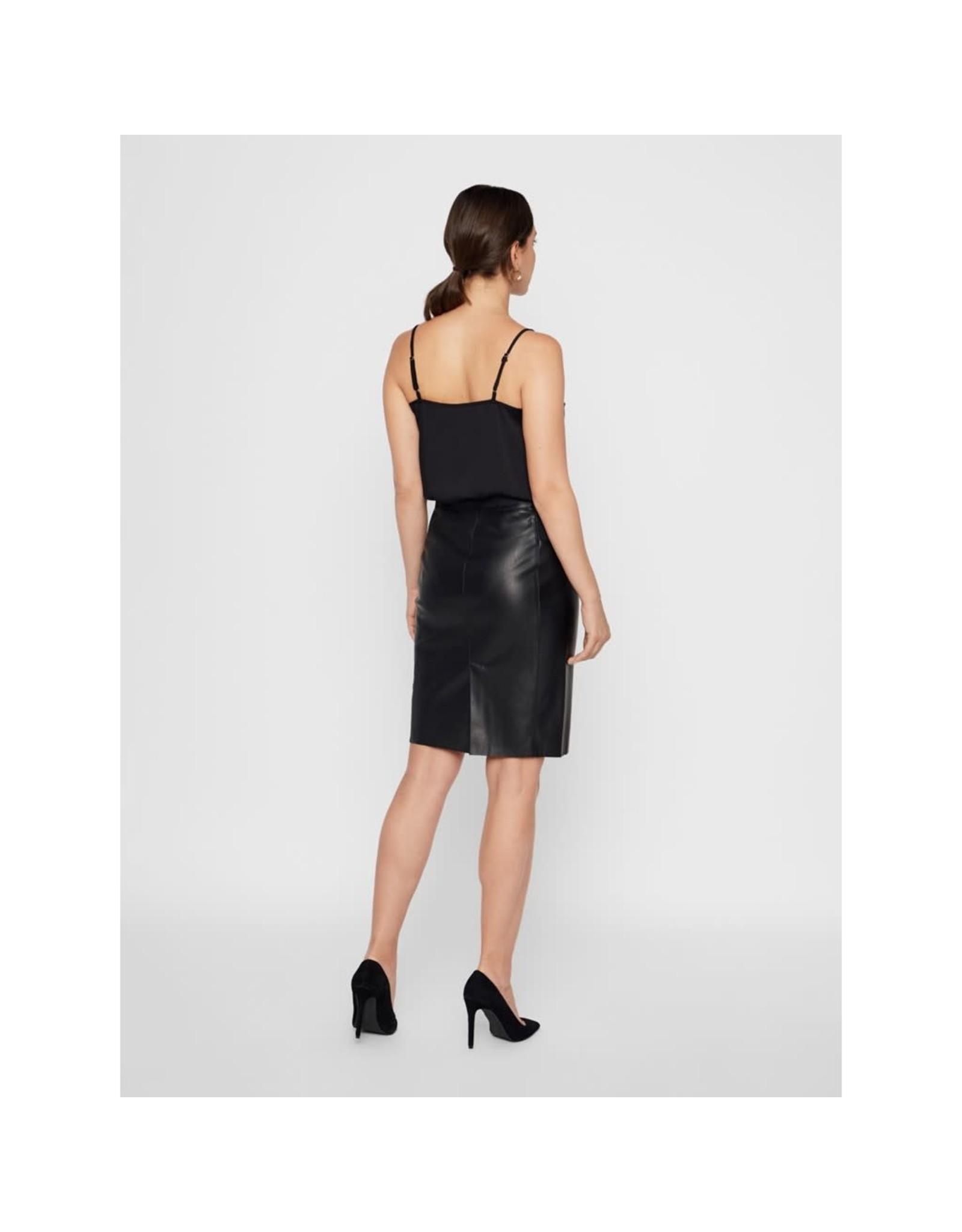 Vero Moda Vero Moda - High Waisted Faux Leather Skirt