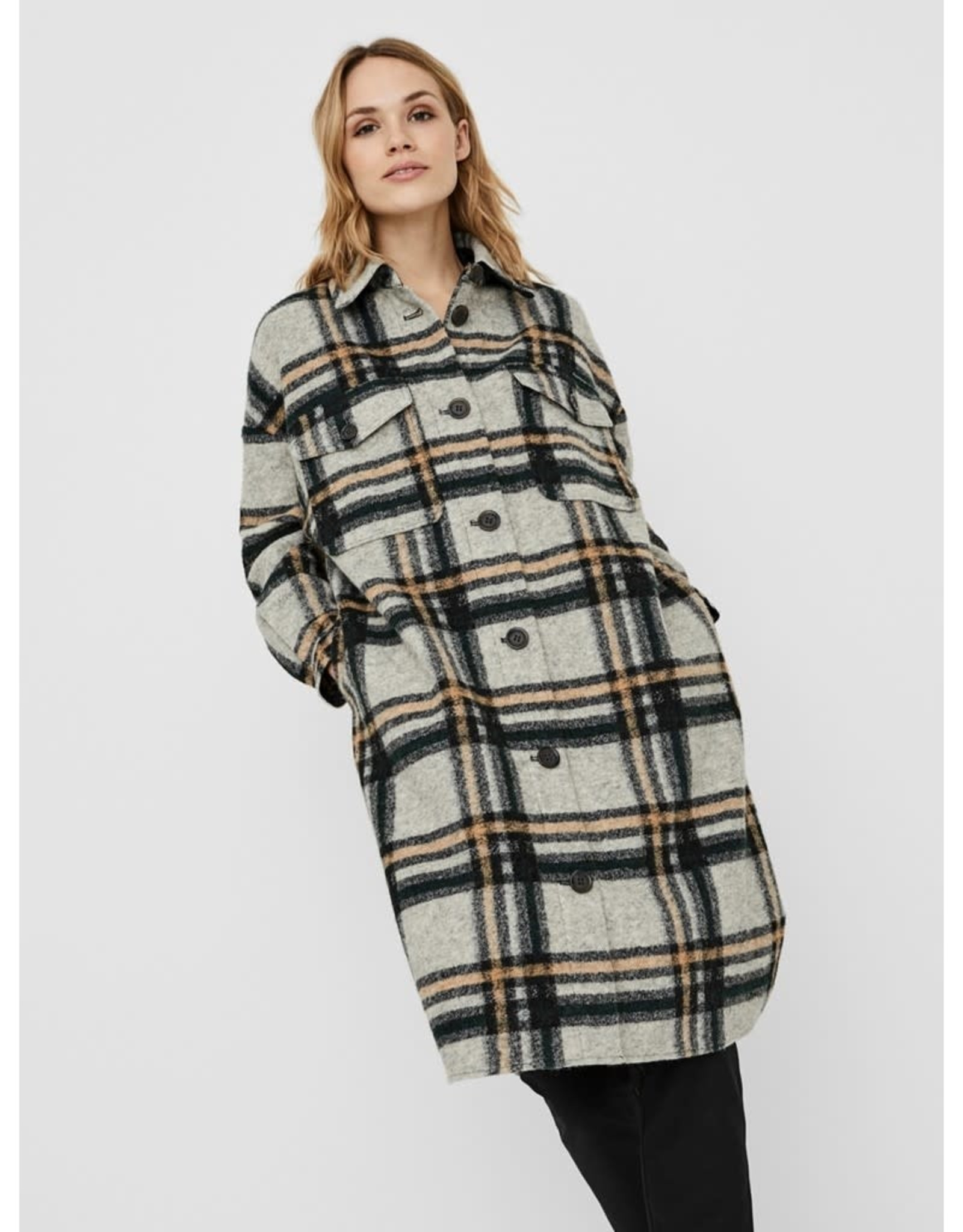 Vero Moda Chrissie Plaid Shacket