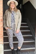 Scout the Label Liza  Leopard  Print Lounge Set