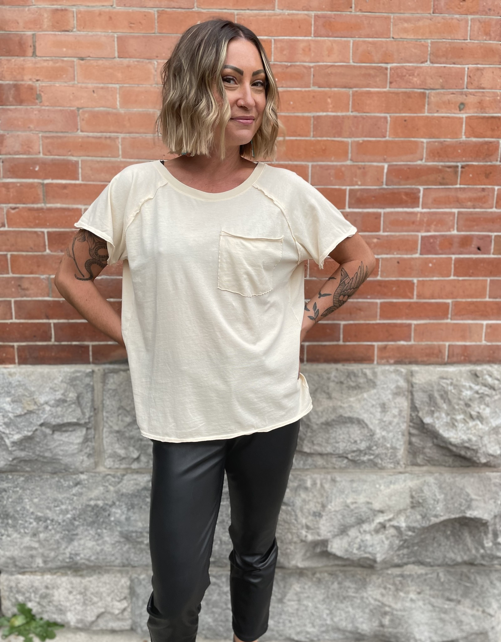 Scout the Label Layla Mineral Washed Pocket Tee