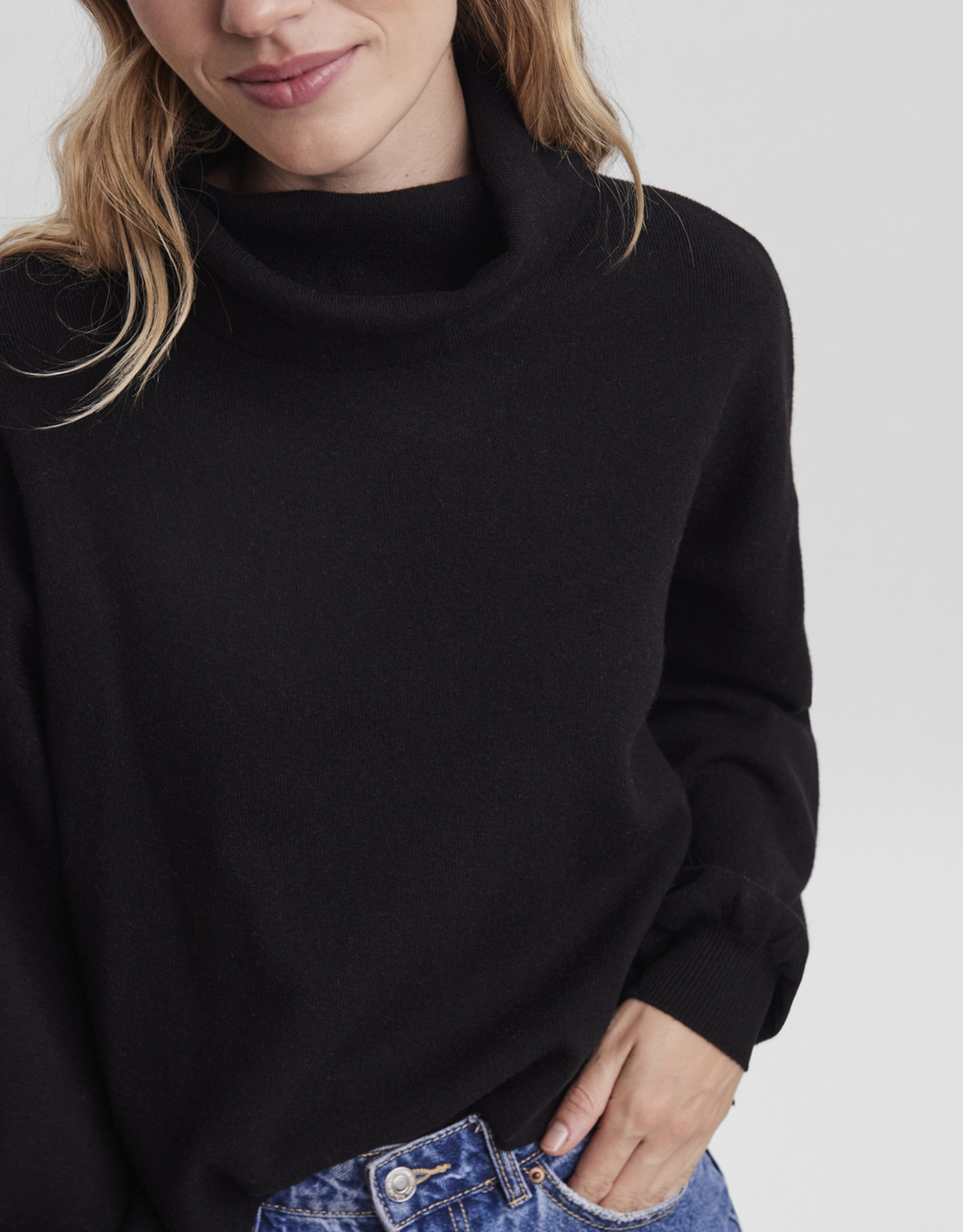 Vero Moda Nancy Cowlneck Sweater