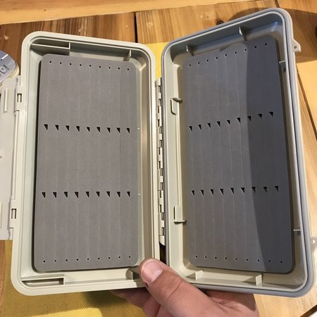 Waterproof Streamer Fly Box Tan