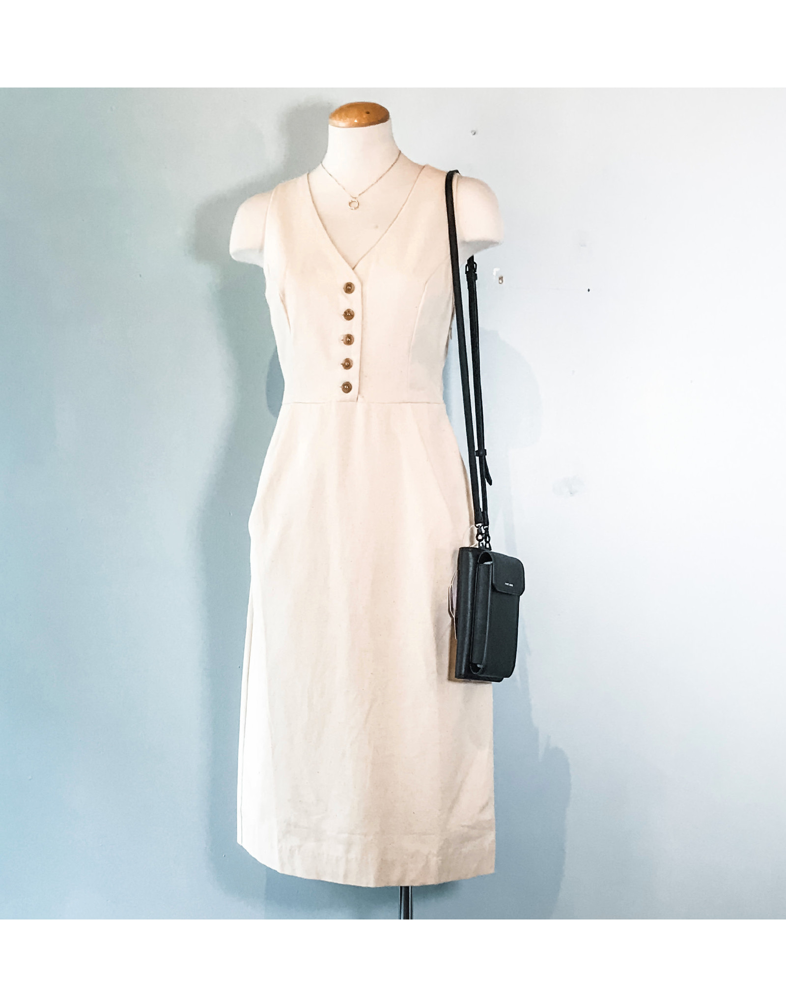 SALE - No Less Than - Sleeveless Pocket Dress
