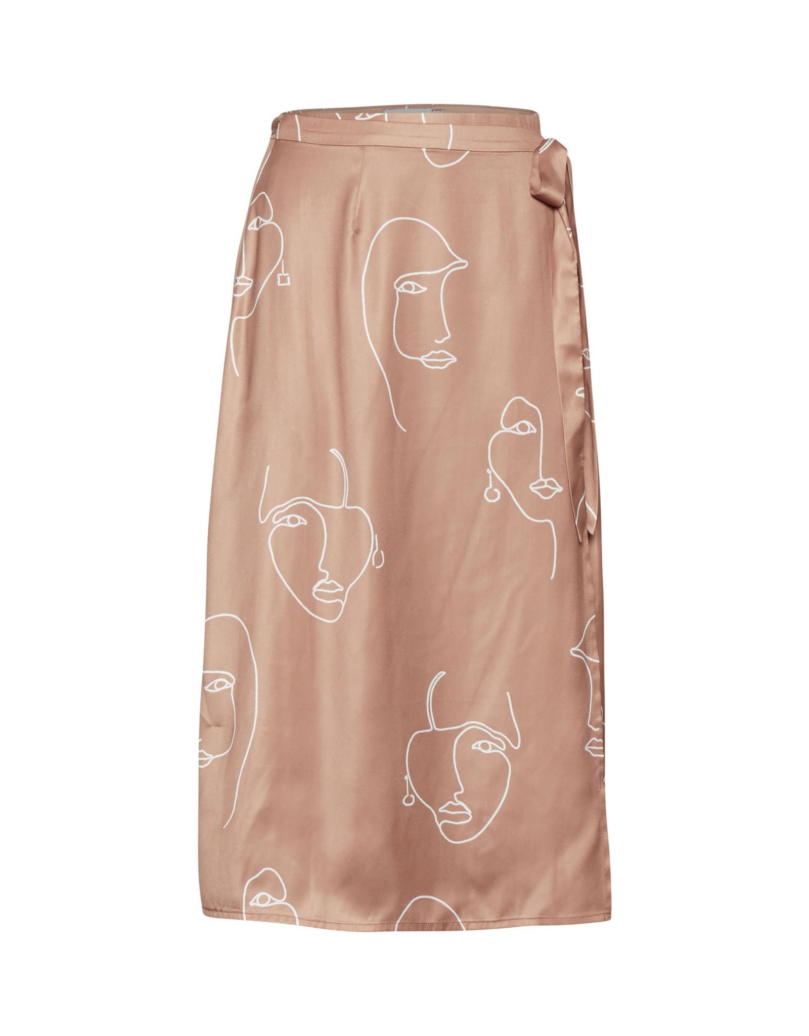 IDK - Face Skirt