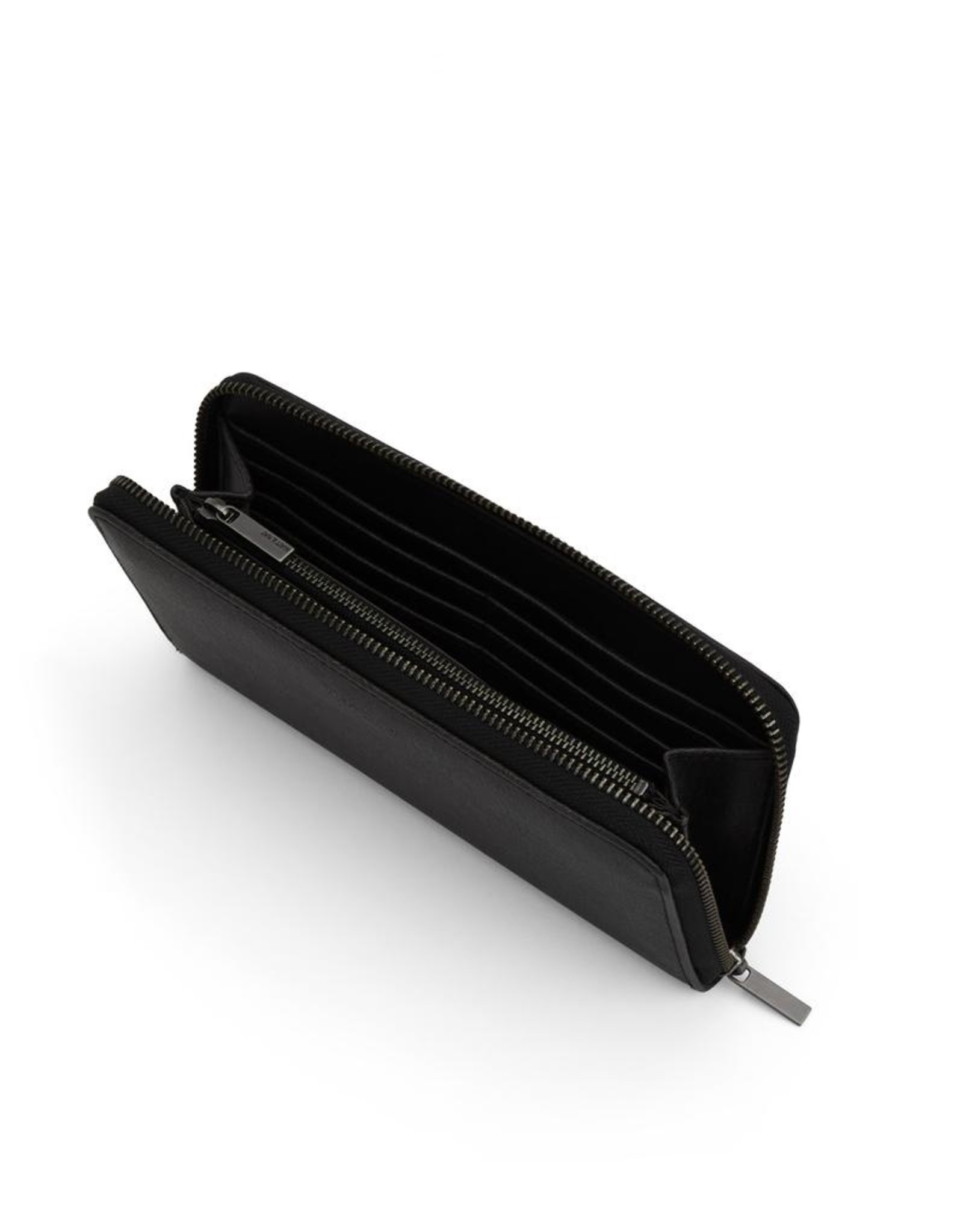 Matt & Nat - Wallet With Wrist Strap Elm/Black