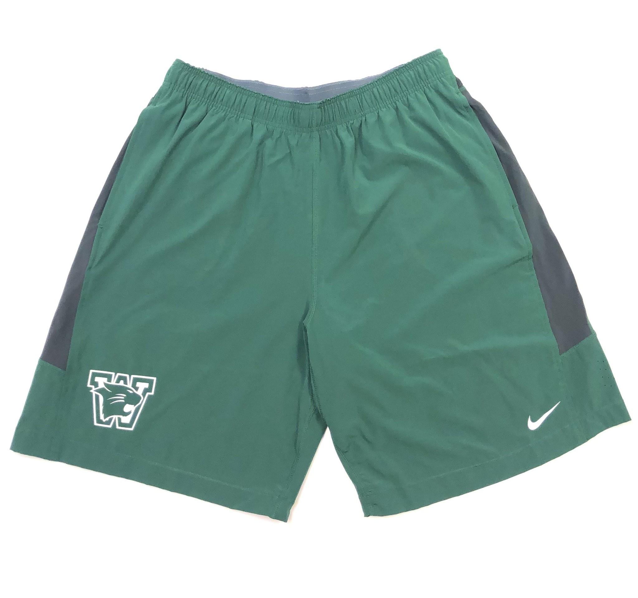Nike Shorts: Nike XL Green Speedvent
