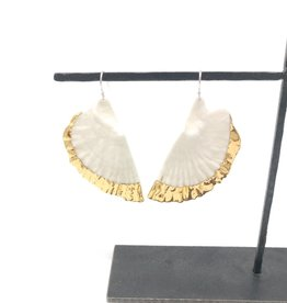 Piper Laine Studio Piper Laine - Belon Oyster Earrings Yellow Gold