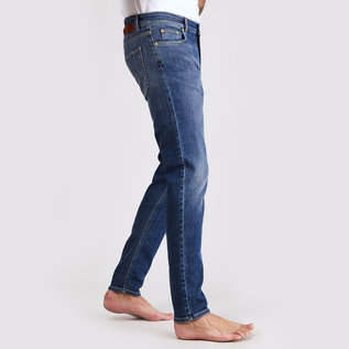Won Hundred Dean A Jean in Light Favourite Blue
