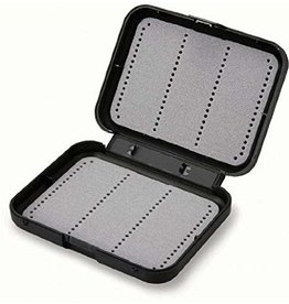 C&F SMALL WATERPROOF BOX FOR LARGE FLIES