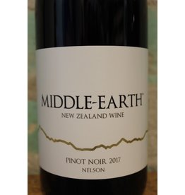 MIDDLE-EARTH PINOT NOIR