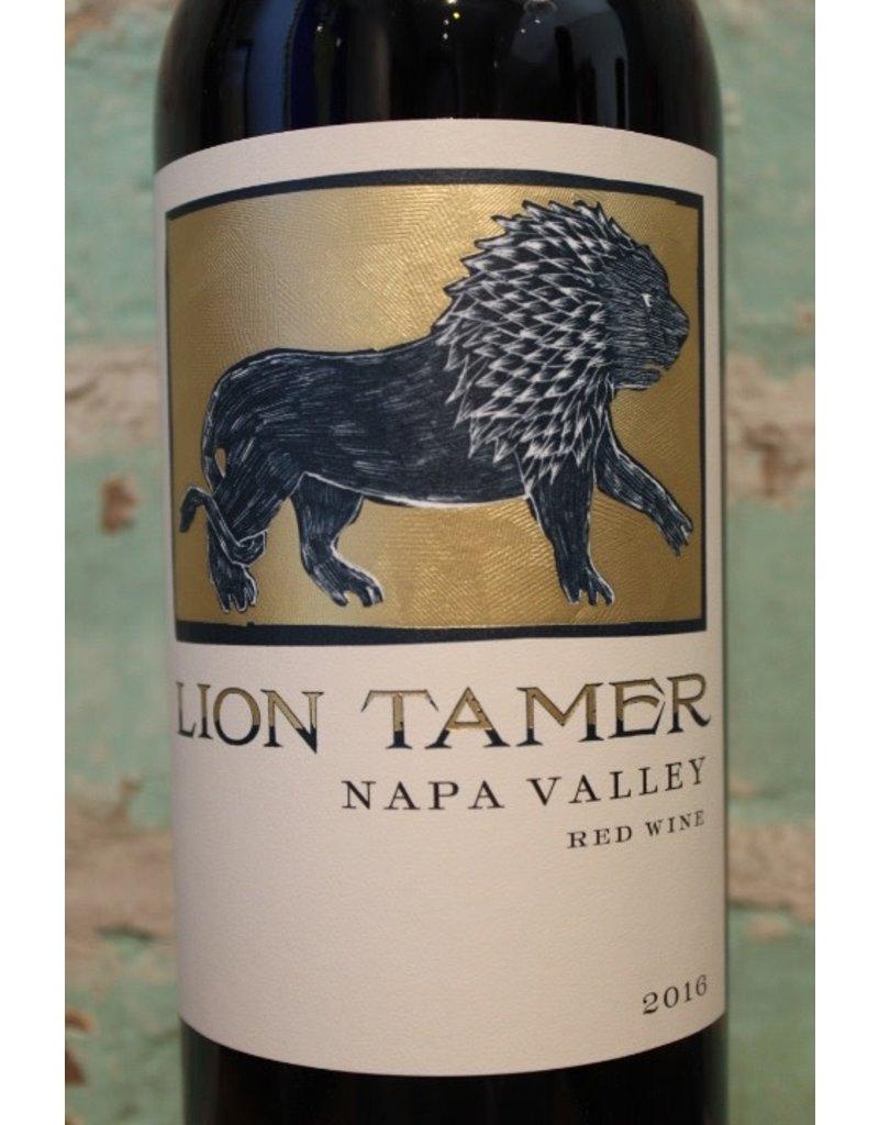 HESS LION TAMER RED BLEND