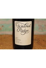 WALNUT RIDGE PINOT NOIR