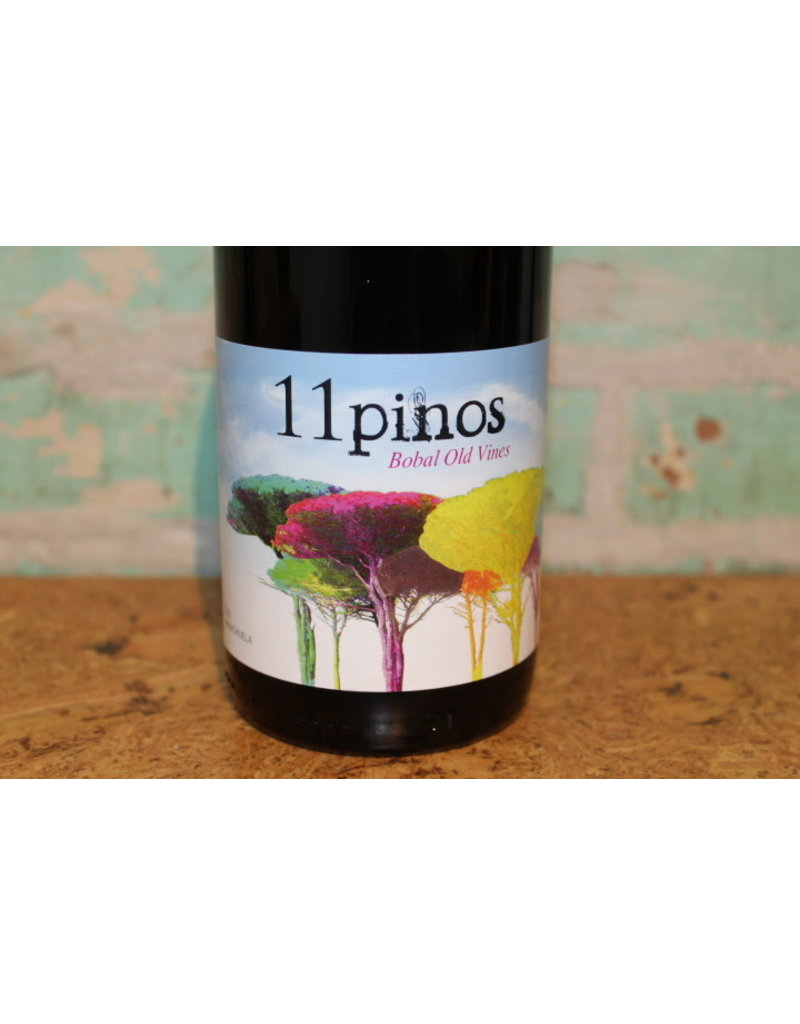 11 PINOS BOBAL OLD VINES