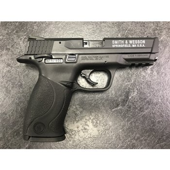 Smith & Wesson M&P 22 LR Semi Auto Pistol w/2 Mags