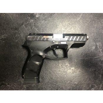 CZ Model G2000 40 S&W Semi Auto Pistol w/2 Mags